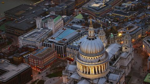 4K Aerial shot of Central London with a view of the River Thames, St Paul's Cathedral & Blackfriars Bridge