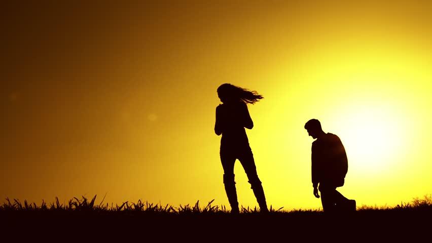 17 Tanda Kekasih Anda Belum Dewasa Secara Emosional
