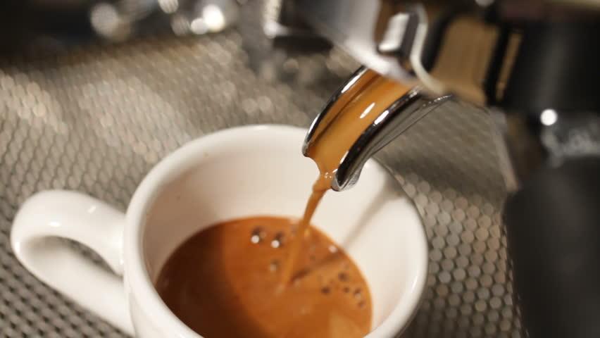 Cup of Espresso Being Poured : Video de stock (totalmente libre de  regalías) 6525290 | Shutterstock