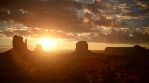Monument Valley Sunrise 19 Clouds USA