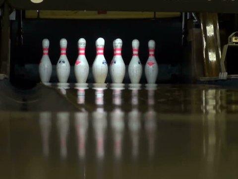 Bowling pin Ten-pin-bowling Candlepin bowling clipart - Bilder von bowling  pins und Kugeln png herunterladen - 780*800 - Kostenlos transparent Hand  png Herunterladen.
