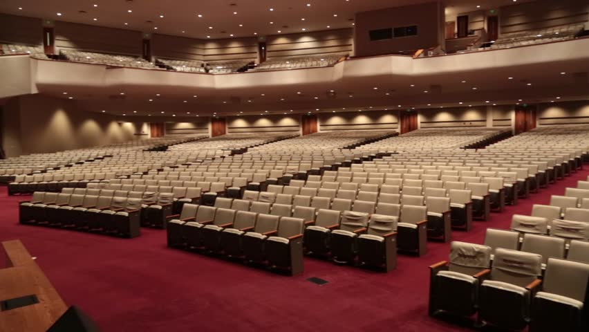 Bellevue Baptist Church, Memphis, TN, Nov. 2014: Pan of Empty Sanctuary in Bellevue Baptist Church, Memphis, TN, Nov. 2014