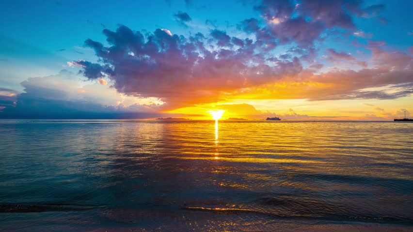 4K TimeLapse - 25 August 2014, Beautiful sunset in Nathon Town beach, Samui island, Thailand